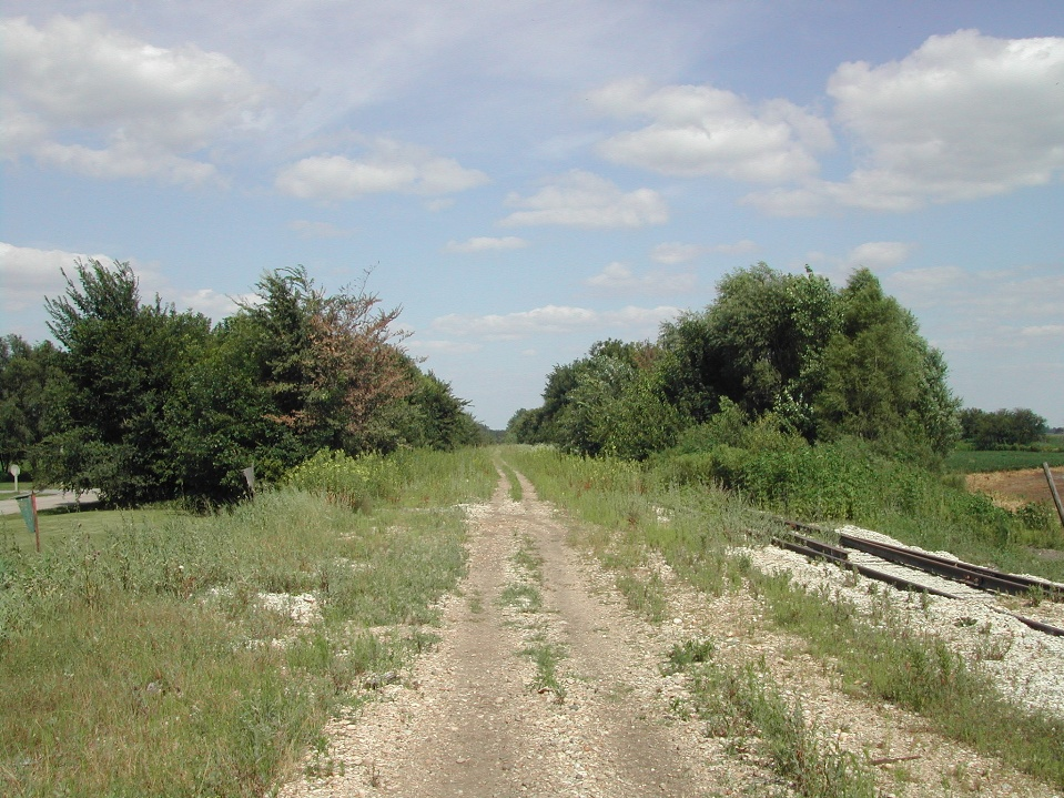 RR right of way before RRVT